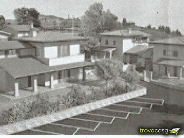 Foto Villa Bifamiliare in Vendita a Bibbiena
