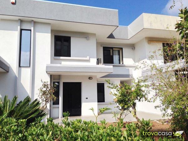 Foto Villa a Schiera in Vendita a Taranto