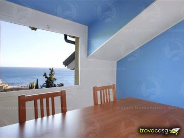 Foto Appartamento in Vendita a Andora