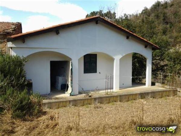 Casa Con Giardino Finale Ligure : Rustici casali e case di corte in vendita provincia