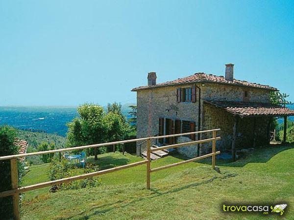Villa Bifamiliare Giardino Lucca Colline Vendesi