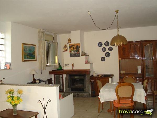 Foto Casa Semindipendente in Affitto a Catanzaro
