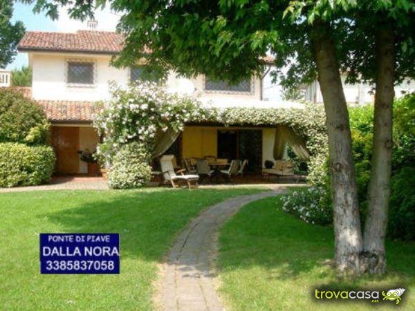 Foto Villa Singola in Vendita a Fossalta di Piave