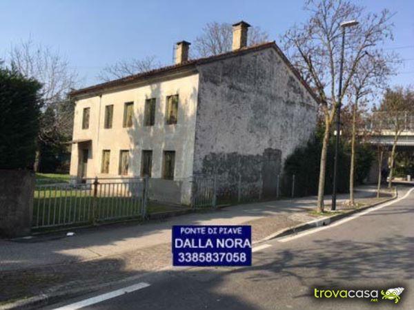 Foto Rustico/Casale/Corte in Vendita a Silea