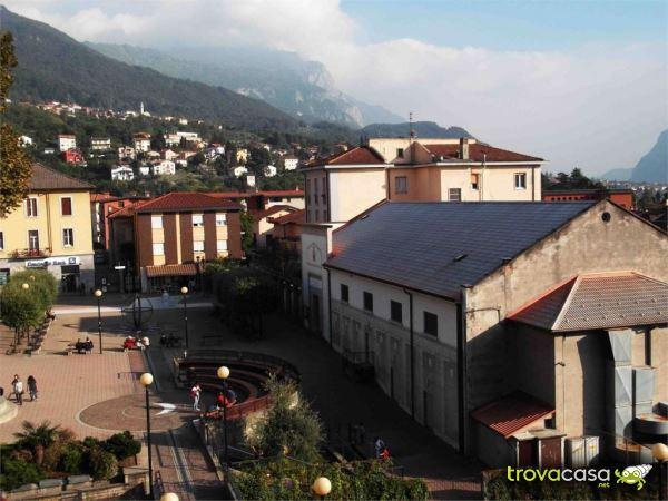 Foto Appartamento in Affitto a Mandello del Lario