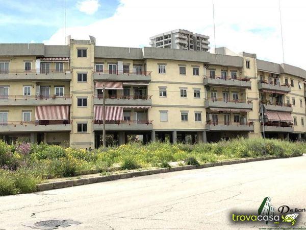 Annunci dell 39 agenzia immobiliare de bartolomeo for Affitto taranto arredato