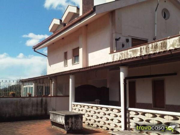 Case in vendita a giffoni sei casali sa - Punto immobile salerno ...