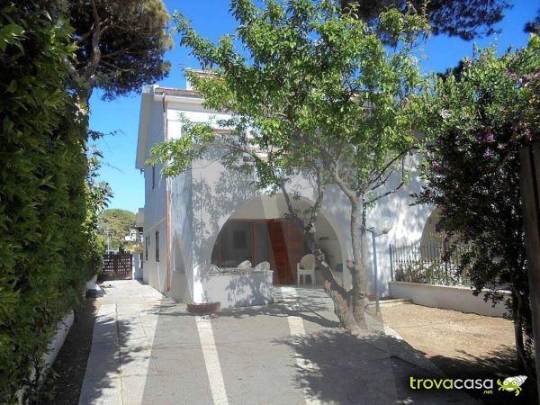 Case con giardino privato in vendita a santa marinella rm for Case in vendita santa marinella