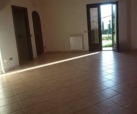 Villetta a schiera in affitto a Altopascio (LU)