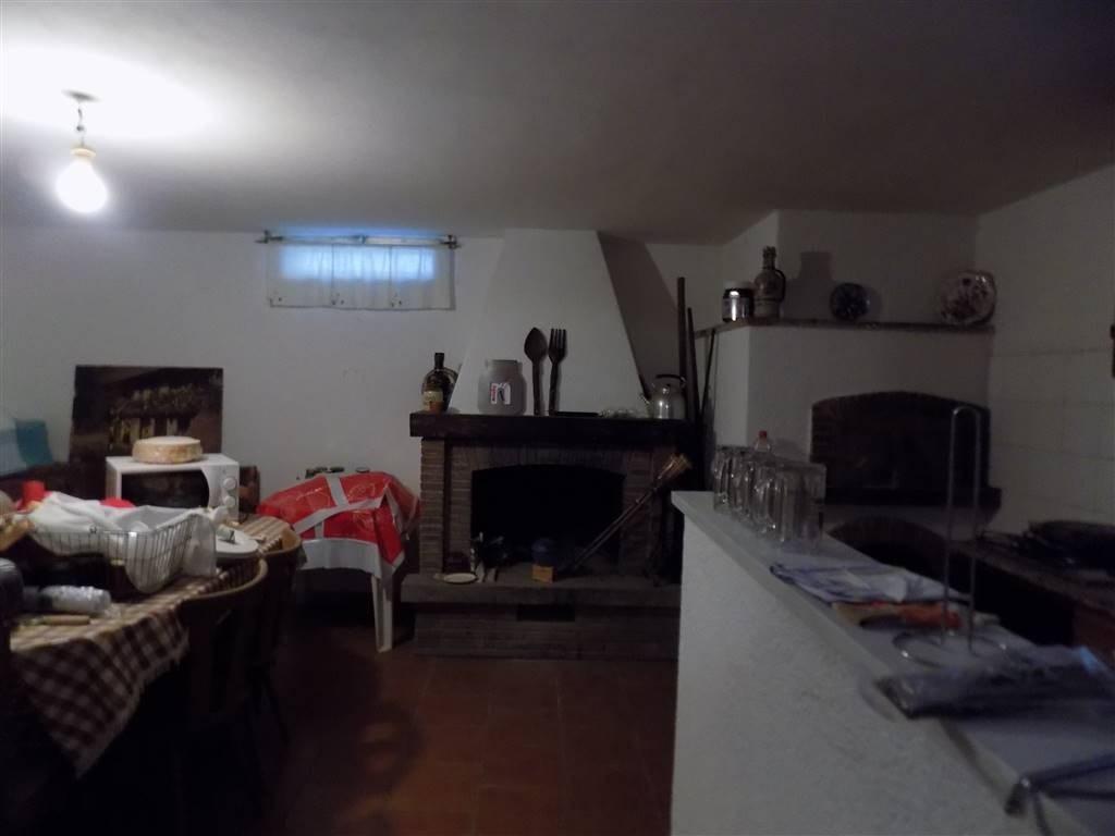 Appartamento a Castellina Marittima (2/5)